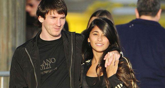 ¿Está embarazada la novia del crack del Barça Lionel Messi?