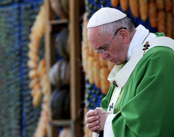 El Papa habló ante una multitud concentrada en un barrio humilde de las afueras de Asunción.