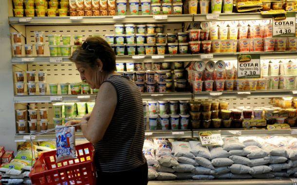 Por el aumento de precios los rosarinos seleccionan con atención los productos