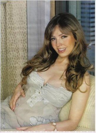 Thalía fue madre de un varón