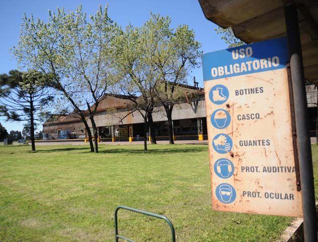 La planta de Villa Constitución tiene casi parada la producción.