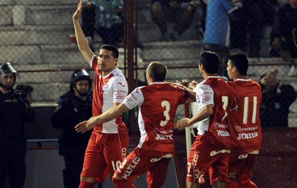 Riquelme marcó de penal el empate del Bicho en los 90 minutos.