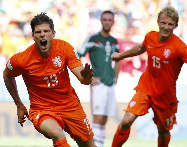 Huntelaar desata el festejo del 2 a 1 final.