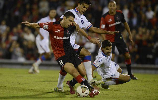 Control. El delantero de la selección argentina metió ante Nacional el tercer gol personal en igual cantidad de partidos.