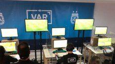 El VAR se presentará en el fútbol argentino en un amistoso