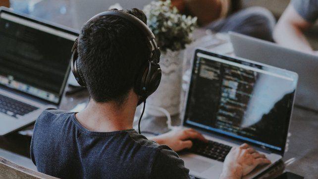 Freelance: el mercado informal compite por los talentos.