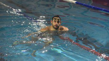 Hombre al agua. Después del parate obligatorio por la pandemia, Carlomagno pudo volver a nadar.
