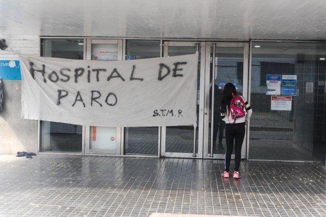 El paro de los trabajadores municipales impactó fuerte en el sistema de salud