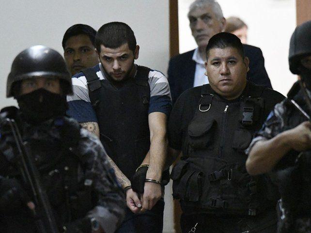 Esposado. Alan Funes está en el penal de Piñero por varios delitos.