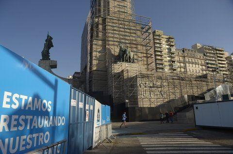 Reparación interminable. La tareas en la torre fueron las primeras en realizarse.