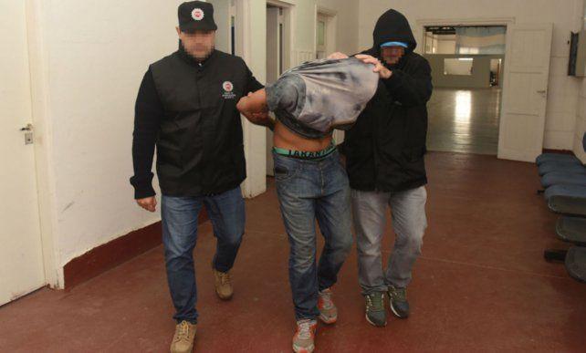 Lucas Ezequiel Robay Romagnoli fue apresado en su casa de Villa Gobernador Gálvez dos semanas después del crimen.