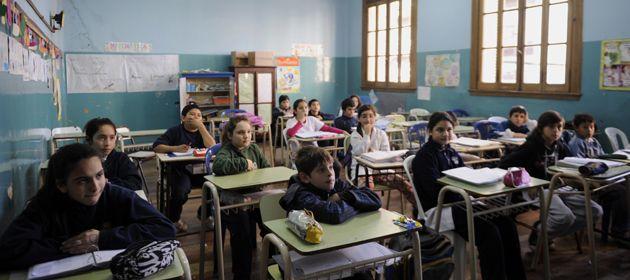 Las 100 escuelas que se suman al programa de jornada extendida funcionan en 44 localidades