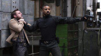 Michael B. Jordan interpreta a un Navy Seal que intenta atrapar a los asesinos de su esposa.