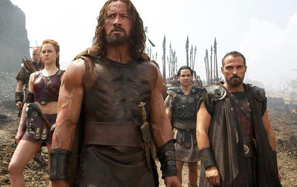 La película protagonizada por Dwayne Johnson muestra a un guerrero más realista y humano.
