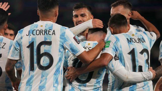 Argentina lo hizo fácil ante Bolivia con una gran noche de Messi