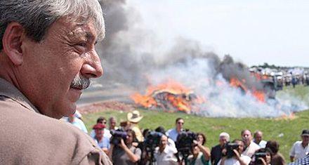 Buzzi: La Rural puso funcionarios en la dictadura, nosotros exiliados y muertos