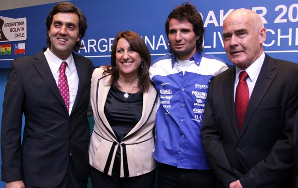 Largada. Fein sonríe junto a Botto