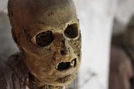 El inventor de la momia