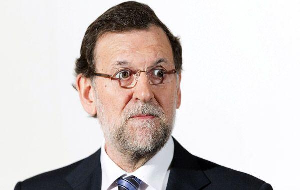 Golpeado. Rajoy ha quedado contra las cuerdas.