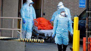 En Salud afirman que el pico del virus llegará a mediados de mayo