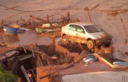 Al menos 17 muertos y 75 heridos tras ruptura de dique en Brasil