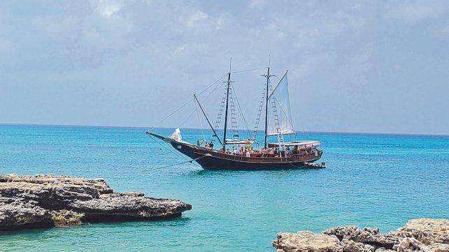 Desviación. Los visitantes encuentran diversidad de cosas para ver y hacer en este paraíso caribeño de aguas turquesas.