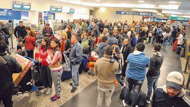 Repetida. Imagen de uno de los últimos paros ocurridos en la terminal porteña de Aeroparque.