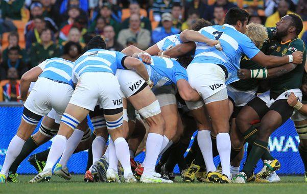 Juntitos.  Los Pumas sufrieron una paliza en Soweto