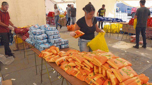 La inversión en asistencia alimentaria creció en Rosario por la pandemia.
