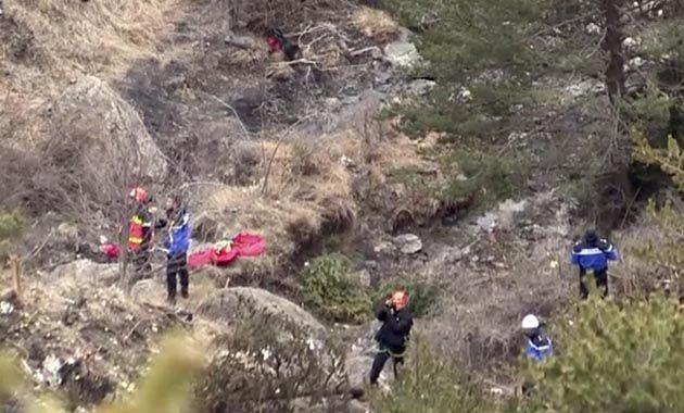 Las tareas de búsqueda de los restos del avión y de los cuerpos de las víctimas demandarán varios días. (Foto: AFP)