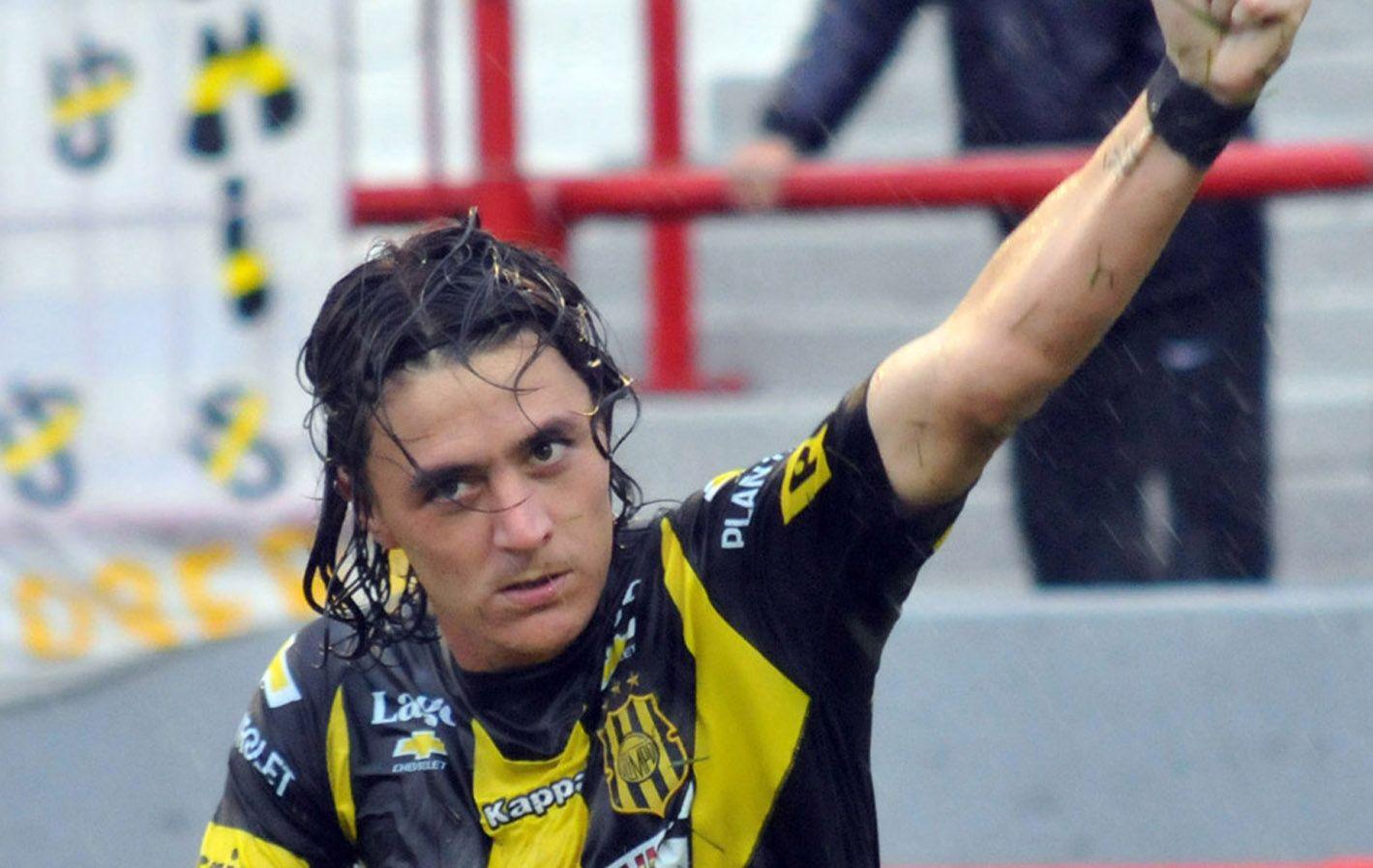 Otra vez para arriba. El conjunto aurinegro consiguió su cuarto ascenso a la primera división.