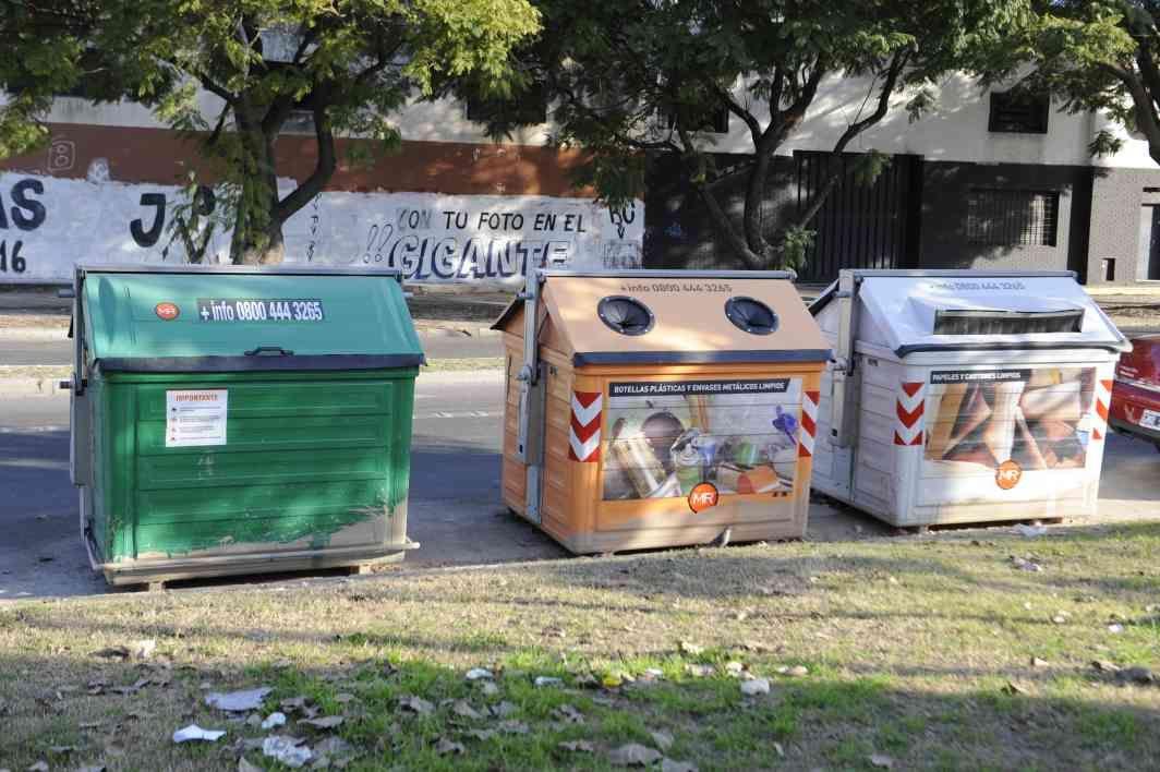 Seghezzo justificó la inversión de un millón cien mil pesos para la compra de 137 contenedores. (Foto: N.Juncos)