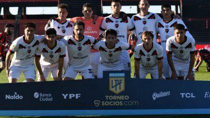 El equipo que presentó Newells ante Patronato en Paraná, con Cristaldo por Sordo.