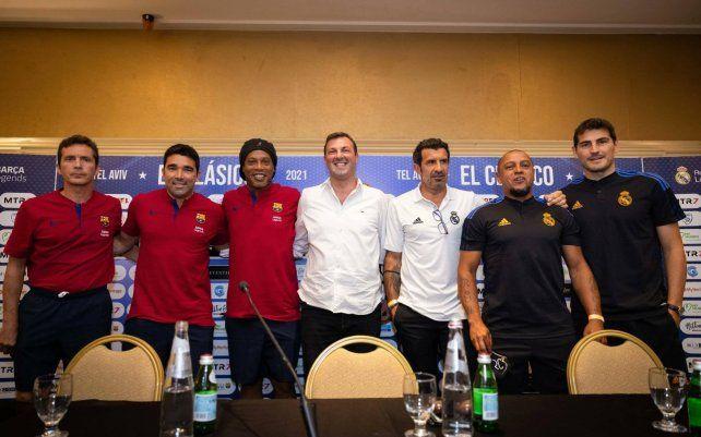 Leyendas. Jugadores de Barcelona y Real Madrid durante la conferencia de prensa en Israel.