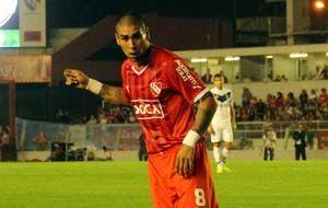 Jesús Méndez convirtió su primer gol con la casac del rojo y nada menos que a su exequipo.