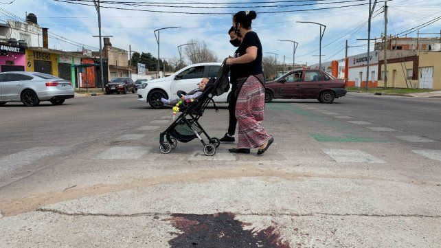 Un mercado criminal rentable sin líderes imperantes, claves de la violencia que cruza Rosario