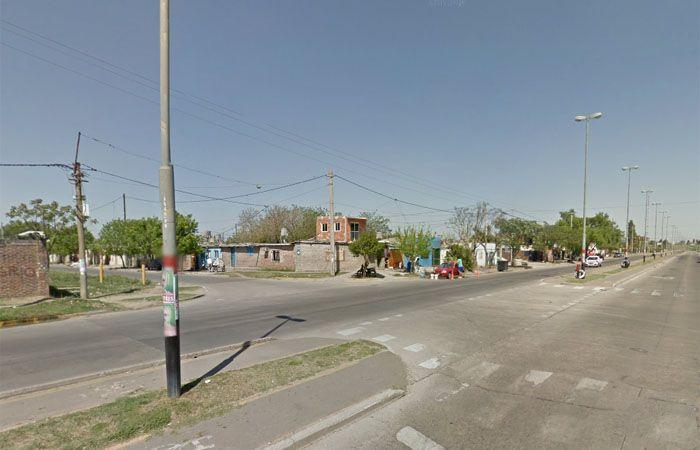 El violento hecho ocurrió alrededor de las 23 en bulevar Seguí al 6500. (Imagen Google Street View)