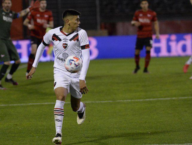 Nicolás Castro hizo un doblete ante Estudiantes.