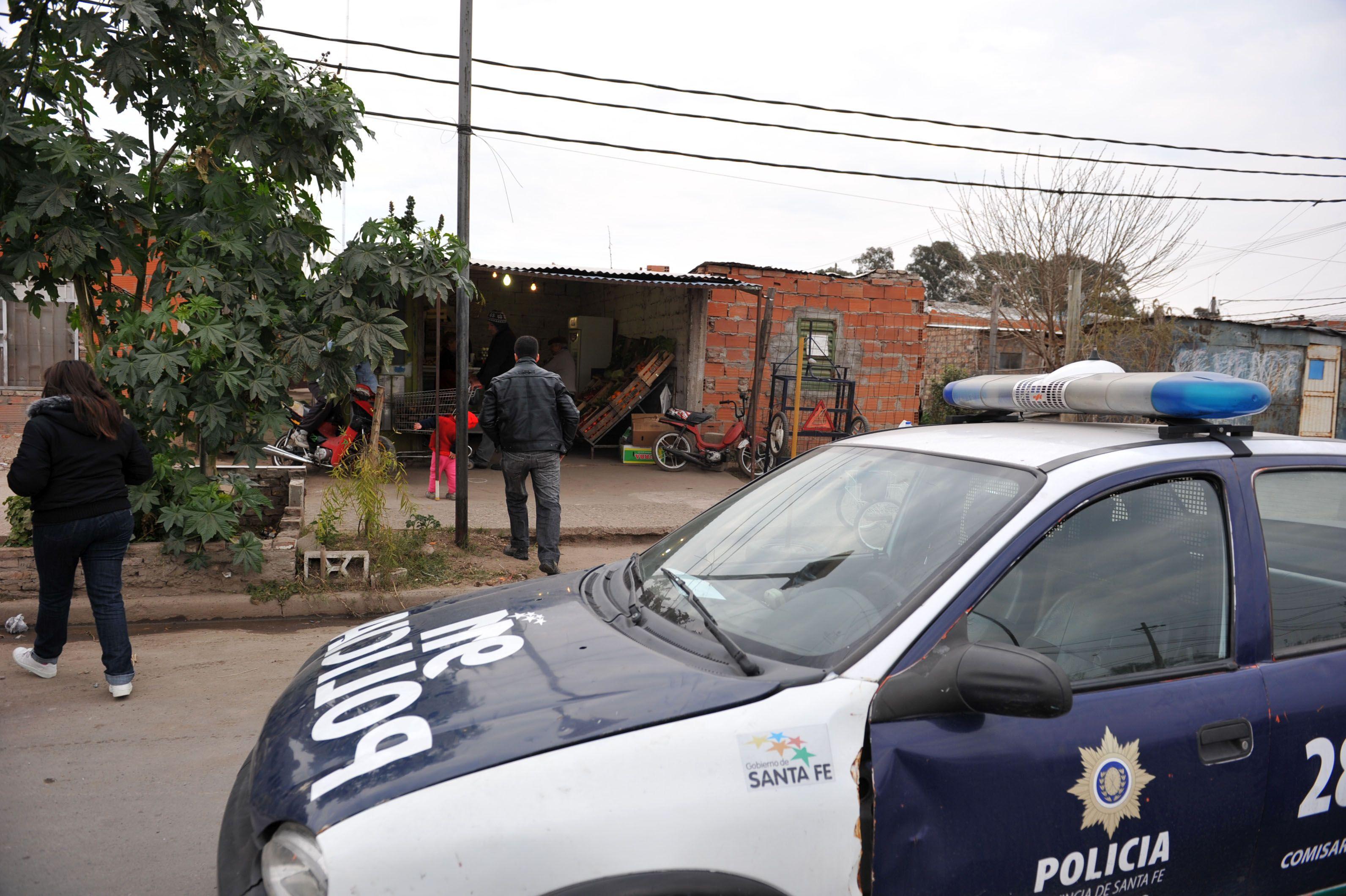 Frente a un carribar de 27 de Febrero al 4100 fueron asesinadas Eliana Zalazar y Carolina Aranda. (C.M.Lovera)