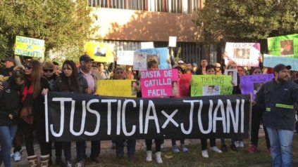 Una de las marchas por la muerte de Juan Cruz Vitali, ocurrido el 12 de mayo de 2019 en Capitán Bermúdez.