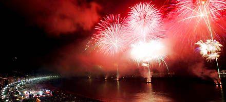 El mundo festejó el Año Nuevo sin olvidarse del fantasma de la crisis