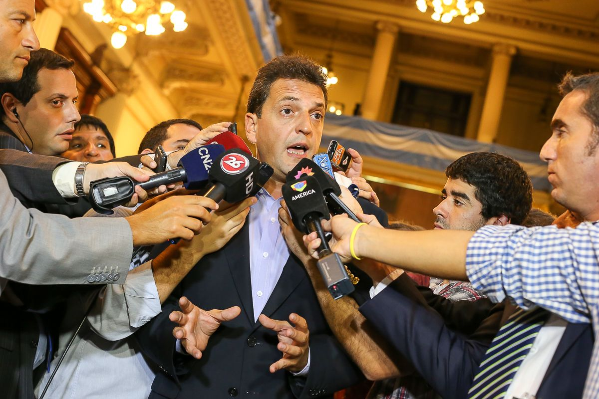 Massa dialogó con la prensa al finalizar el discurso de Macri