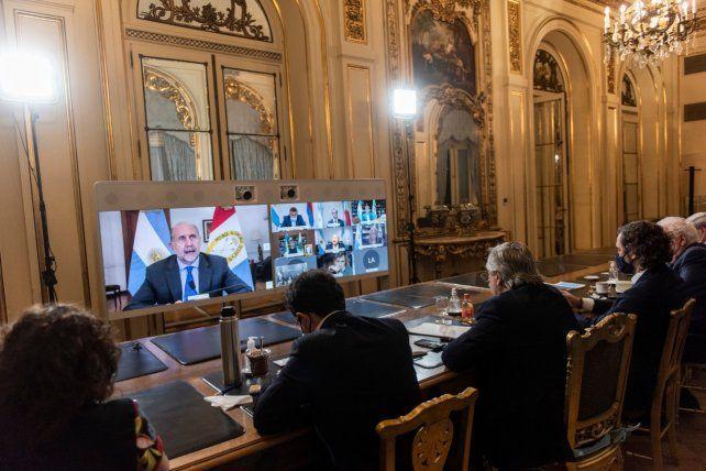 Perotti en videoconferencia con el presidente Fernández y otros funcionarios nacionales.
