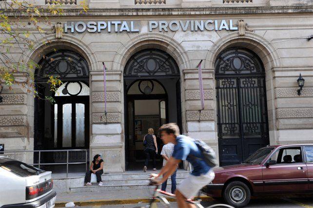 Un ladrón se llevó las pertenencias de un grupo de enfermeras del Hospital Provincial