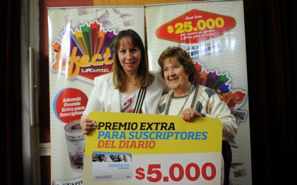 Alegría. Nancy Luna y Graciela Bianco (de izquierda a derecha) sonrieron como nunca ante el click del fotógrafo.