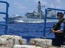 Cinematográfica persecución de la marina británica a un barco narco