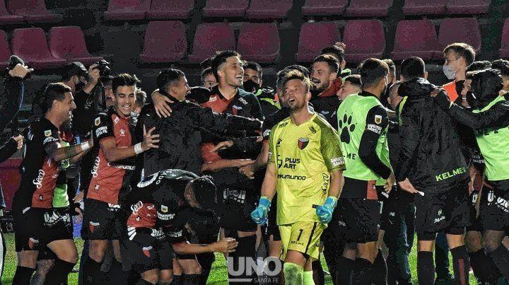 Los jugadores de Colón celebraron en redes sociales el pasaporte a las semifinales de la Copa de la Liga Profesional.