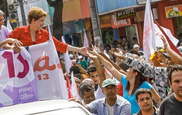Campaña electoral. Rousseff (foto) y Silva tienen 30 días para conquistar a un electorado muy polarizado.