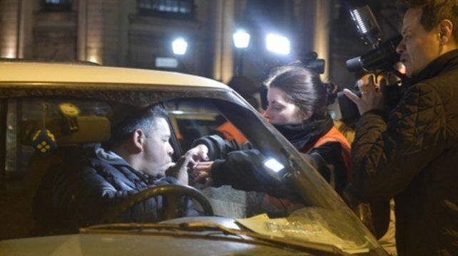 En las calles rosarinas. Se realizaron tests de alcoholemia en horarios nocturnos.