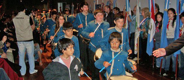 Por la lluvia el acto inaugural de la exposición se realizó ayer en el Centro Cultural Batalla de Punta Quebracho.